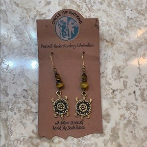 🆕Circle Nations Native Stone Turtle Earrings